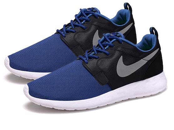 Nike Roshe Run DT9