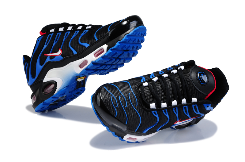 nike hommes requin
